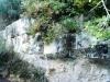 Τα αρχαία τείχη πίσω από τή νέα εκκλησία του Αγίου Βασιλείου