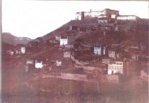 Το Ενετο-Βυζαντινό φρούριο του Καζά (διοικητικής περιφέρειας) του Φαναρίου, όπου υπάγονταν διοικητικά η Μεζντάνη την περίοδο της Τουρκοκρατίας (Φωτογραφία του Εκδοτικού οίκου Σαββάλα)