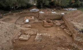 Ρωμαϊκό νεκροταφείο