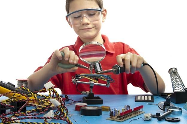 12-14.6.2015 6ο Παιδικό Φεστιβάλ Αγίου Νικολάου - Όμιλος Επαιδευτικής Ρομποτικής