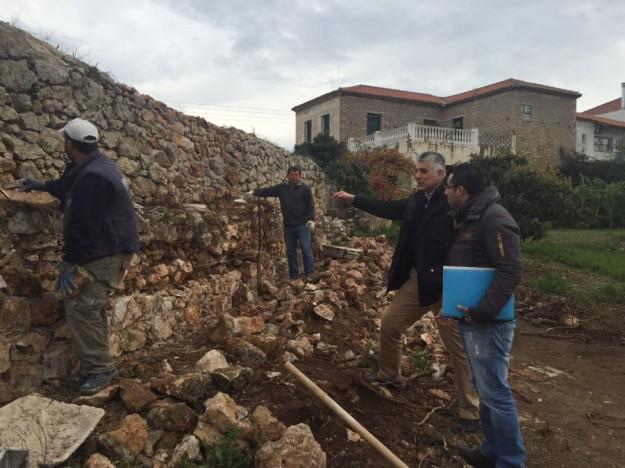 Επίσκεψη Δ.Καφαντάρη στα έργα ανάδειξης του Υδραγωγείου Δεκ 2015 (1)
